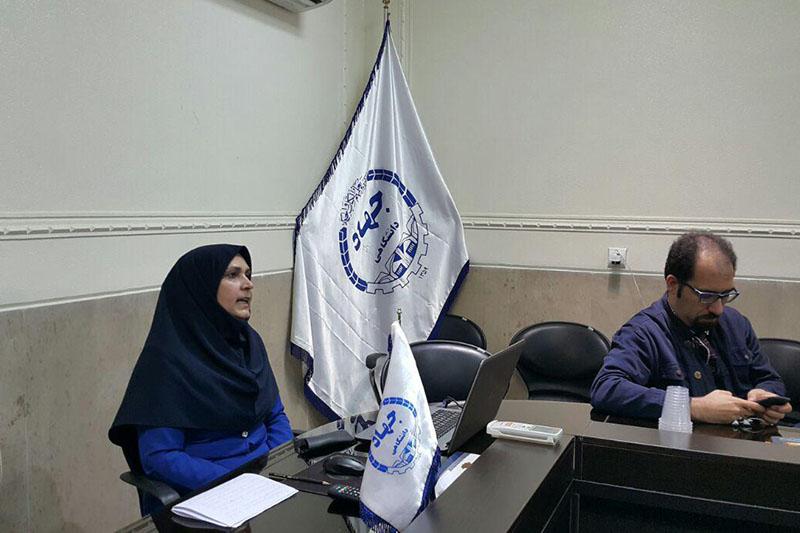 """نشست """"آسیب شناسی سبک زندگی دانشجویی"""" در واحد اصفهان برگزار شد."""